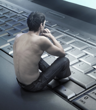 Man Sitting On Keyboard - Obrázkek zdarma pro Nokia Asha 305