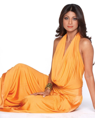 Shilpa Shetty in Orange Dress - Obrázkek zdarma pro Nokia Lumia 505
