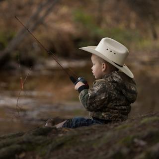 Fisherman Kid - Obrázkek zdarma pro 320x320