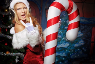Very Cool Santa Girl - Obrázkek zdarma pro 720x320
