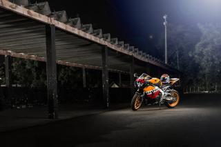 Honda CBR1000RR - Obrázkek zdarma pro LG P700 Optimus L7
