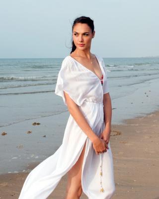 Gal Gadot Actress - Obrázkek zdarma pro Nokia Asha 308