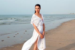 Gal Gadot Actress - Obrázkek zdarma pro Samsung I9080 Galaxy Grand