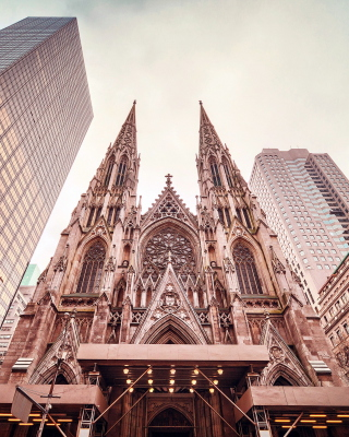 St Patricks Cathedral In New York - Obrázkek zdarma pro iPhone 6 Plus