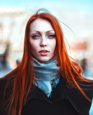 Gorgeous Redhead Girl - Obrázkek zdarma pro iPhone 4