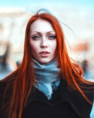 Gorgeous Redhead Girl - Obrázkek zdarma pro Nokia C2-05