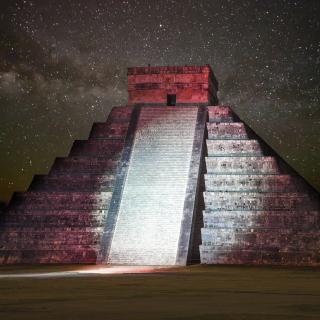 Chichen Itza Pyramid in Mexico - Obrázkek zdarma pro 320x320