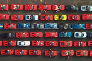 Ferrari Supercars From Above - Fondos de pantalla gratis para LG E400 Optimus L3