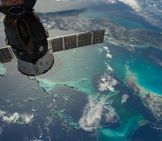 Soyuz Spacecraft - Obrázkek zdarma pro iPad Air