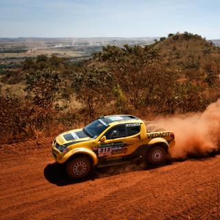 Mitsubishi L200 Triton Rally - Obrázkek zdarma pro 128x128