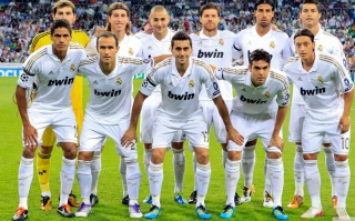 Free Real Madrid Team Picture for Android, iPhone and iPad