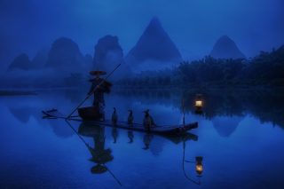Free Chinese Fisherman Picture for Android, iPhone and iPad