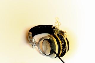 Headphones - Obrázkek zdarma pro HTC Desire HD