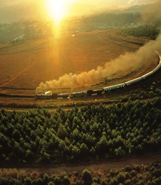 Train On Railway - Obrázkek zdarma pro 240x400