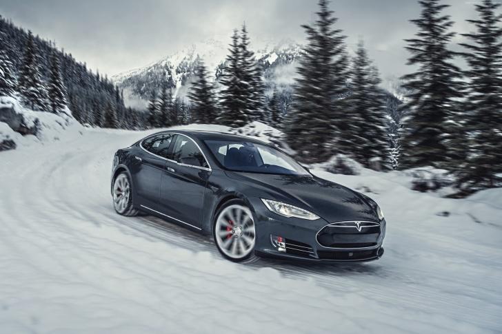 Tesla Model S P85D on Snow wallpaper