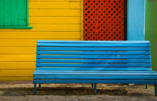 Colorful Houses and Bench - Obrázkek zdarma pro LG P500 Optimus One