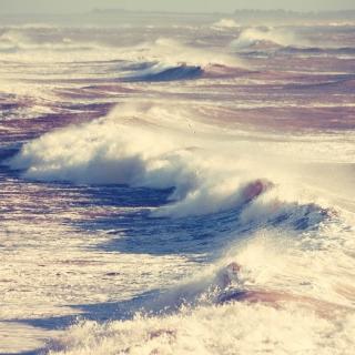 Foamy Waves - Obrázkek zdarma pro 1024x1024