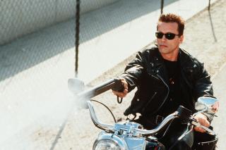Arnold Schwarzenegger in Terminator 2 - Obrázkek zdarma pro LG P970 Optimus