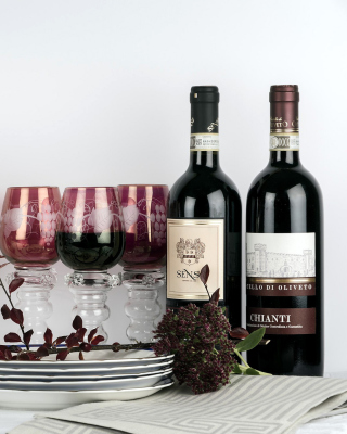 Chianti Wine from Tuscany region - Obrázkek zdarma pro 240x400