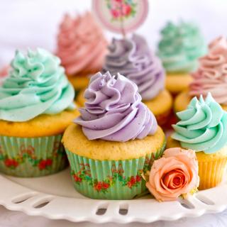 Birthday Cupcakes - Obrázkek zdarma pro iPad