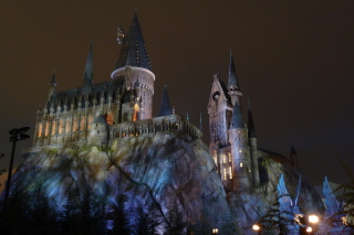 Hogwarts Castle - Obrázkek zdarma pro 1600x900