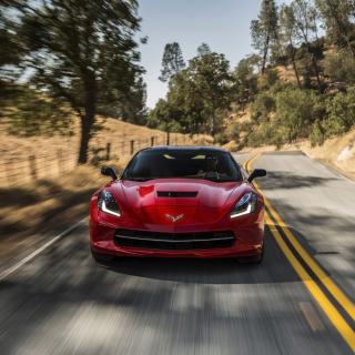 2014 Red Chevrolet Corvette Stingray - Obrázkek zdarma pro iPad Air