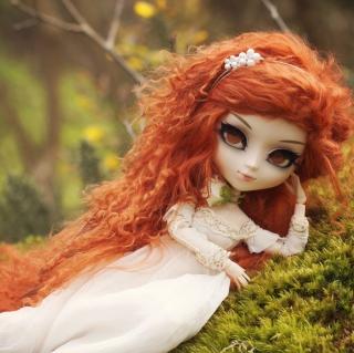 Curly Redhead Doll - Obrázkek zdarma pro iPad 2