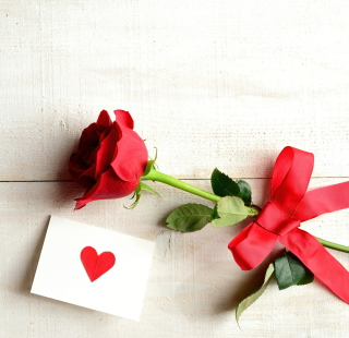 Rose With Letter - Obrázkek zdarma pro iPad Air