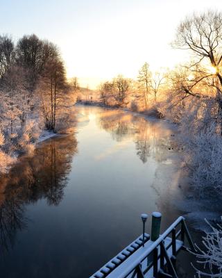 Sweden Landscape - Obrázkek zdarma pro Nokia Asha 300