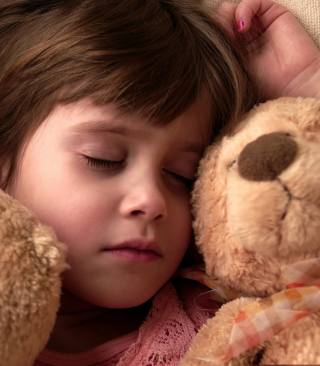 Child Sleeping With Teddy Bear - Obrázkek zdarma pro iPhone 5C