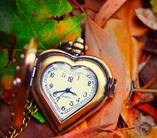 Vintage Heart-Shaped Watch - Obrázkek zdarma pro 128x128
