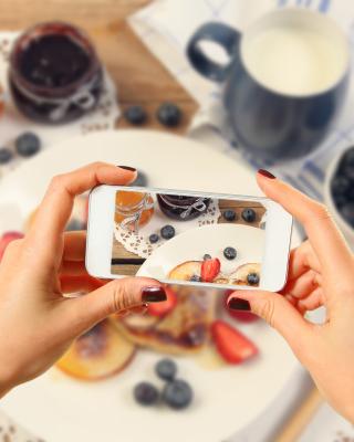 Cake for Instagram - Obrázkek zdarma pro Nokia 300 Asha