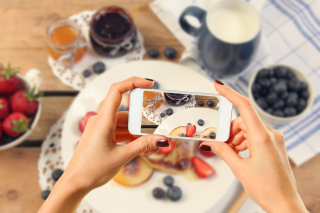 Cake for Instagram Background for Android, iPhone and iPad