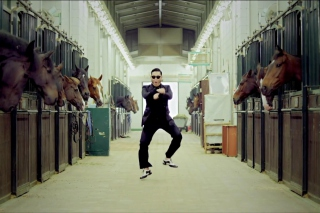 Gangnam Style Dancing Background for Android, iPhone and iPad