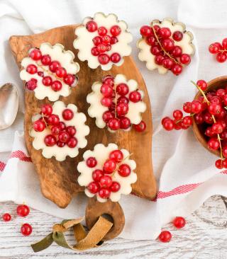 Red Currant Dessert - Obrázkek zdarma pro Nokia Asha 308