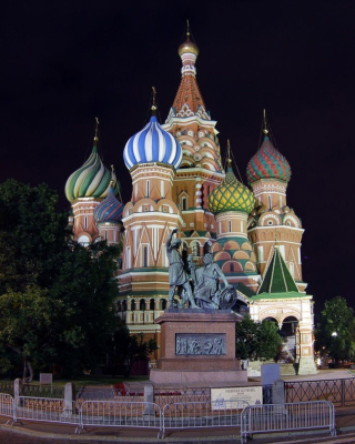 Cathedral of Vasily the Blessed in Red Square in Moscow - Obrázkek zdarma pro 360x400