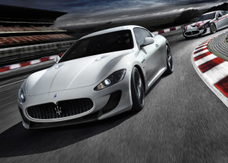 Free Maserati GranTurismo Picture for Android, iPhone and iPad