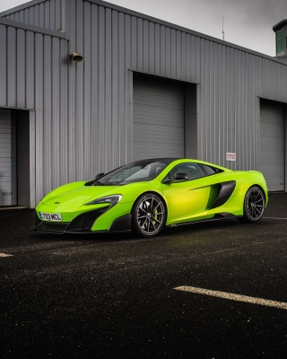 McLaren 675LT - Obrázkek zdarma pro iPhone 5C