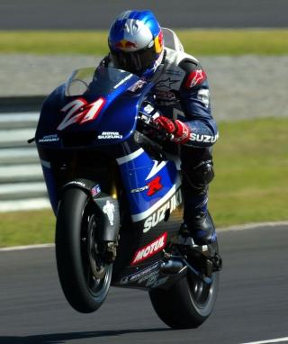Racing Bike Suzuki - Obrázkek zdarma pro 352x416