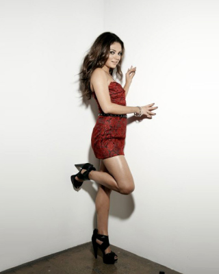 Mila Kunis Photo - Obrázkek zdarma pro Nokia 5233