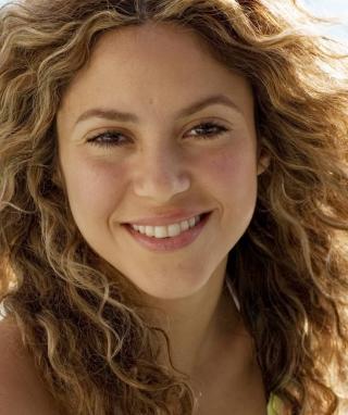 Cute Curly Shakira - Obrázkek zdarma pro Nokia C3-01