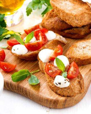 Canape Bruschetta, Mozzarella, Tomatoes - Obrázkek zdarma pro 352x416