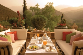 Summer Lunch on Terrace - Fondos de pantalla gratis