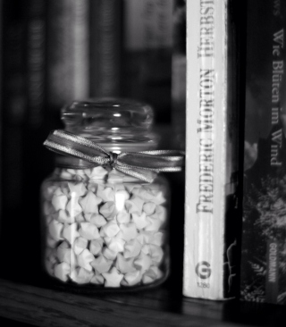 Black And White Candies Jar - Obrázkek zdarma pro iPhone 5C