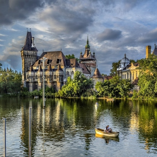 Vajdahunyad Castle in Budapest - Obrázkek zdarma pro iPad 3