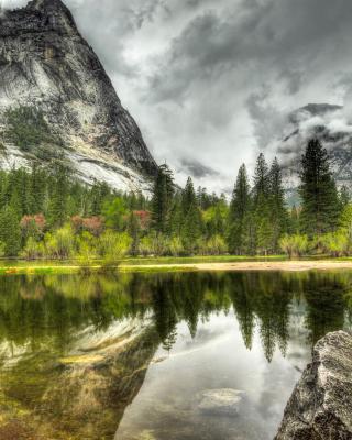 HDR Incredible Mountains - Fondos de pantalla gratis para Nokia 5230