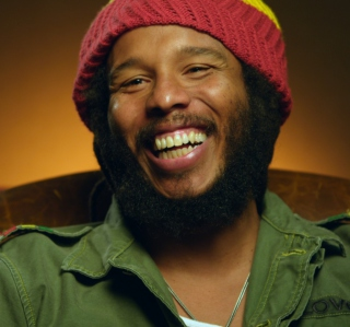 Marley (2012) - Obrázkek zdarma pro 1024x1024