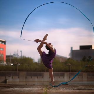Beautiful Gymnastics - Obrázkek zdarma pro iPad 2