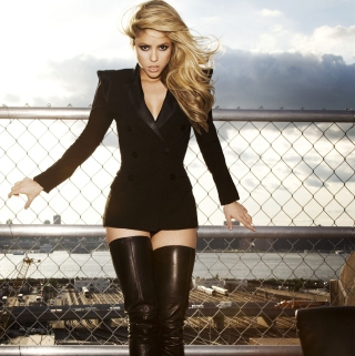 Shakira Tigh High Black Boots - Obrázkek zdarma pro iPad 2