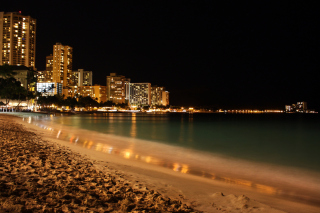 Free Waikiki Beach At Night Picture for Android, iPhone and iPad
